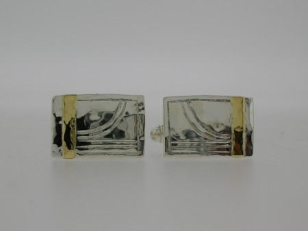 Rectangular gold bar cufflinks