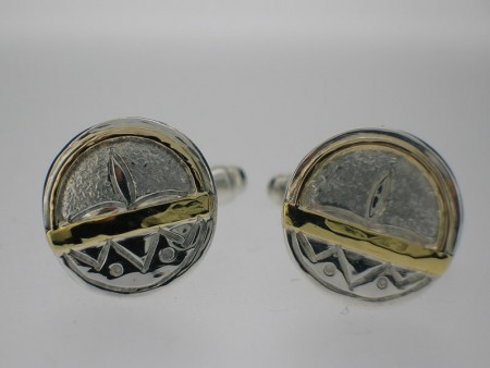 Round gold bar cufflinks