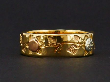Gold flower and ivy leaf ring